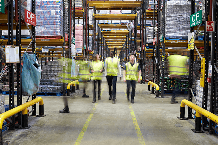 b2b warehouse workers